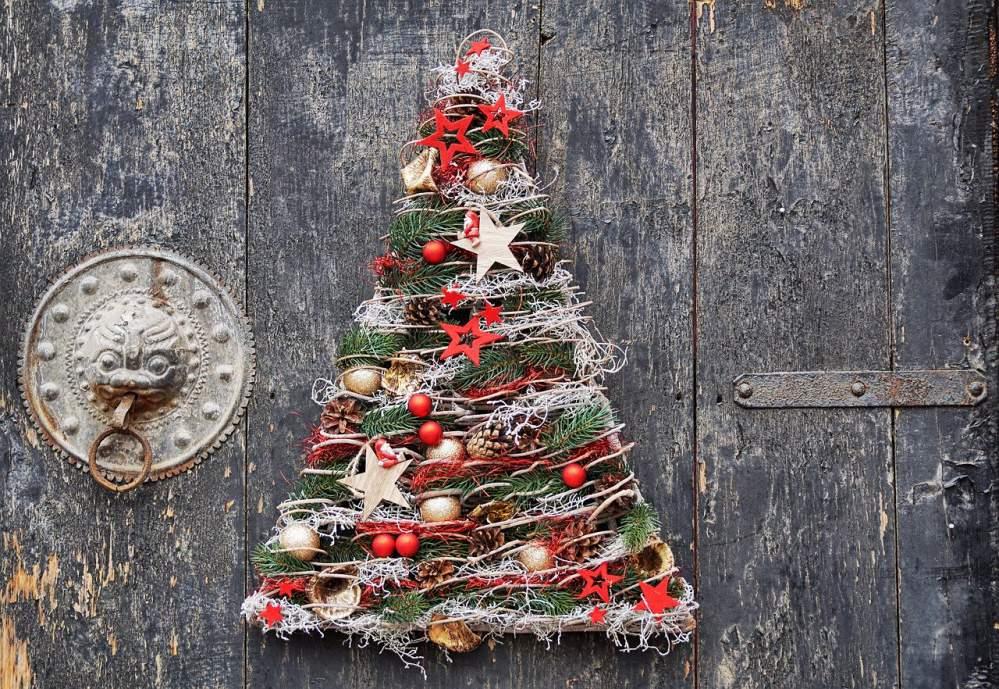 Biscotti Finti Per Albero Di Natale.L Albero Di Natale Perfetto Istruzioni Per L Uso La Tuttologa